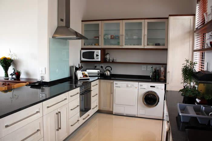 Solid Oak & Kiaat Kitchen