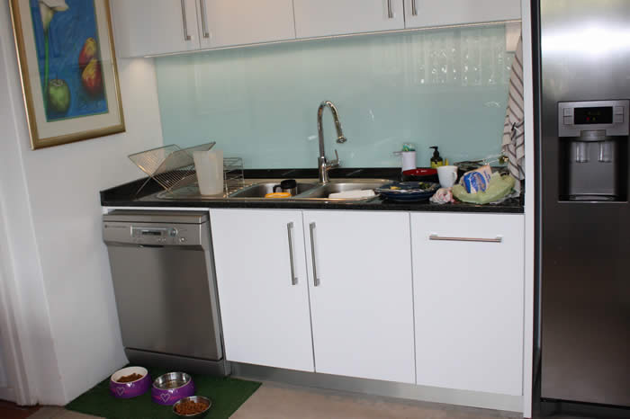 Sink Units with Glass Splashback