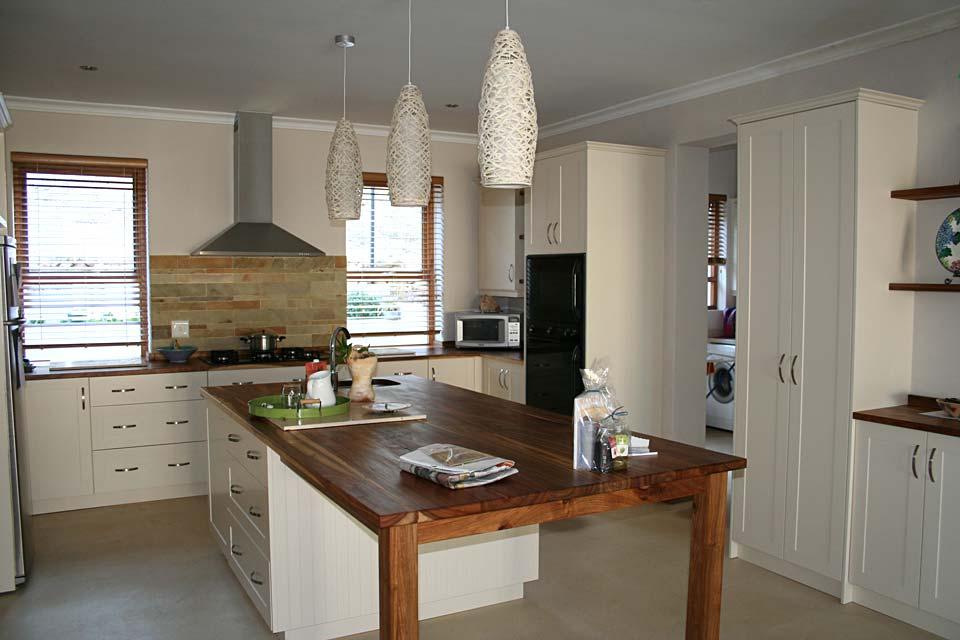 Satin Jasmine Shaker-Style Cabinetry