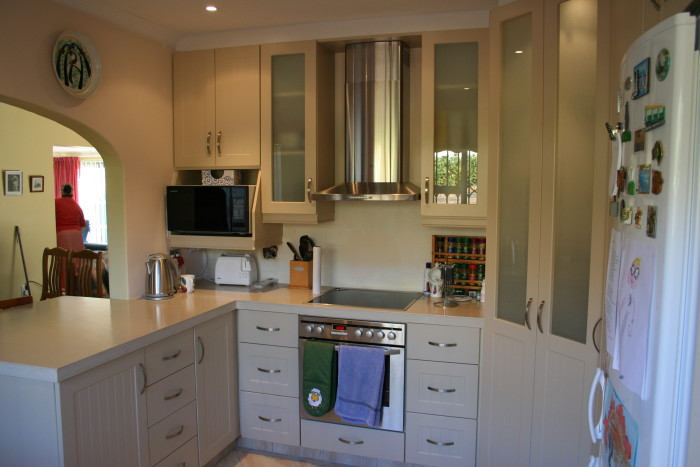 Kitchen odd dng interiors cape town south africa for Kitchen cabinets cape town
