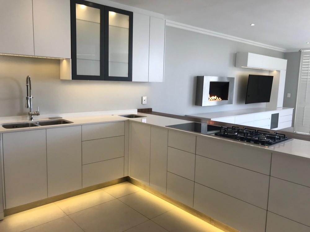 Modern Kitchen Viljoen _3