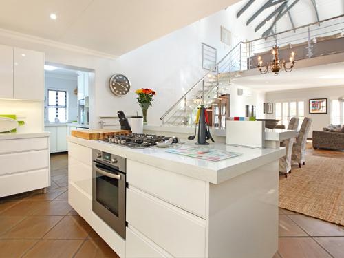 Modern-Kitchens-Fowler-thumb