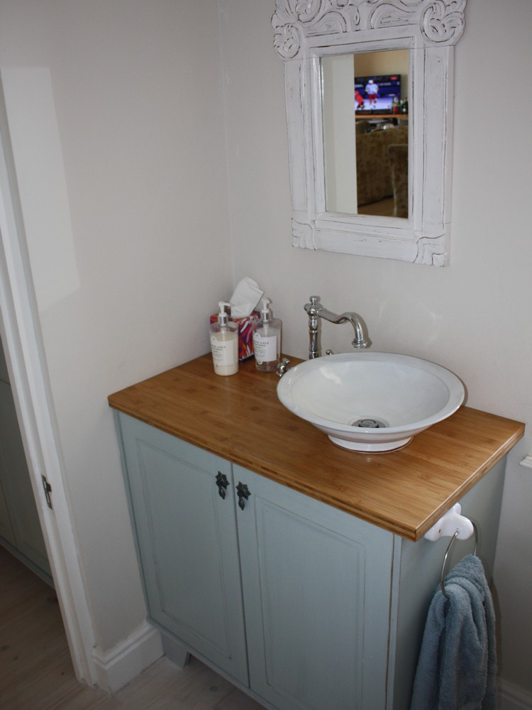 Bathroom - Holmes_3
