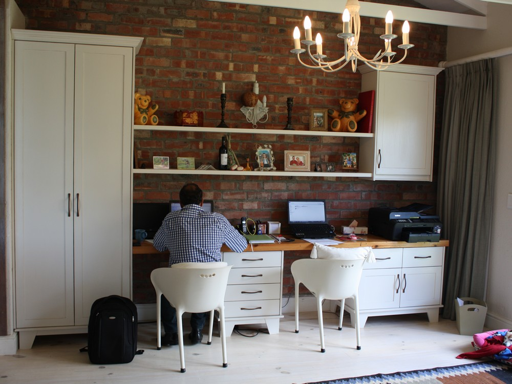 Home Office - Holmes_2