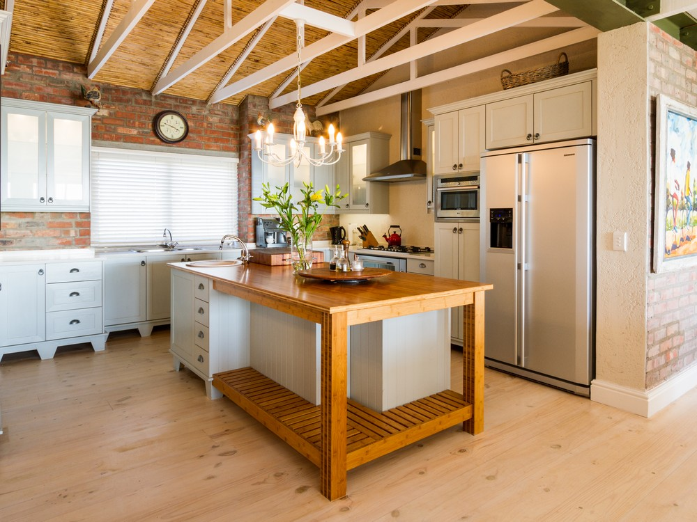 Traditional Kitchen - Holmes SAHomeOwners