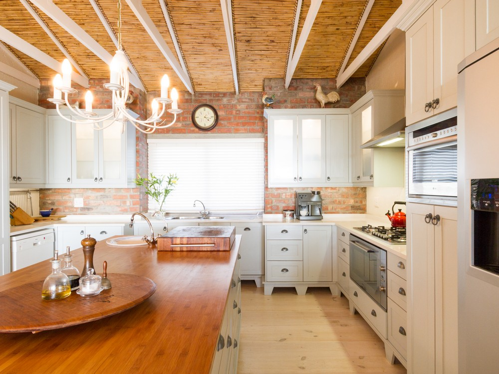 Traditional Kitchen - Holmes SAHomeOwners_3