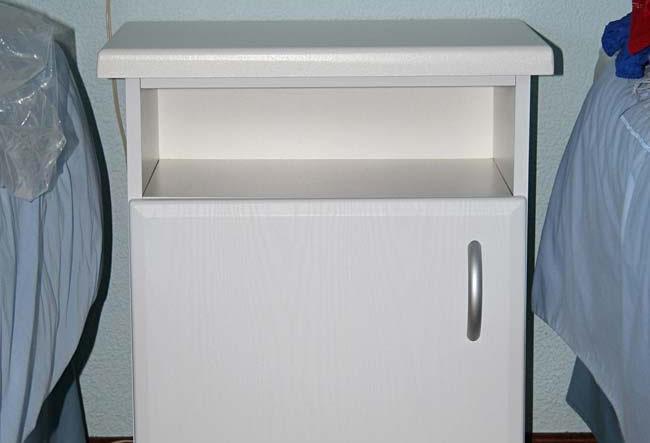Off-white Woodgrain PVC-wrap Bedside Table Off-white Woodgrain PVC-wrap Bedside Table